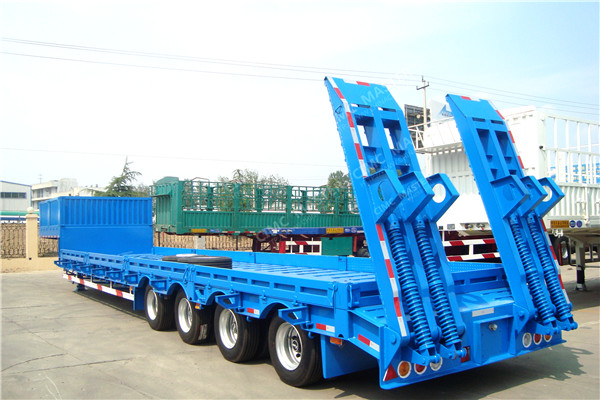 low bed trailer with side wall02.jpg
