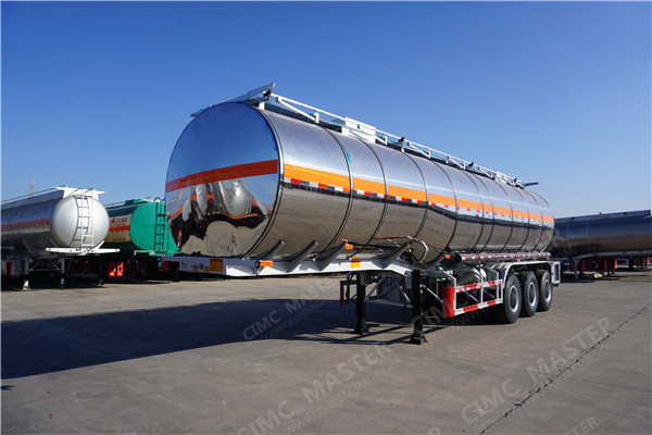 CIMC 40000 Liters palm oil tanker01.jpg