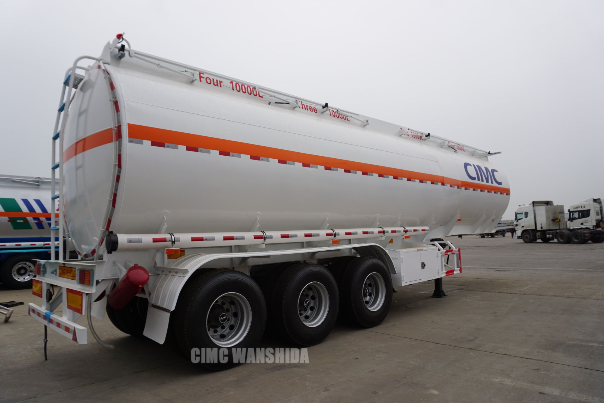 42,000 liters semi trailer fuel tank