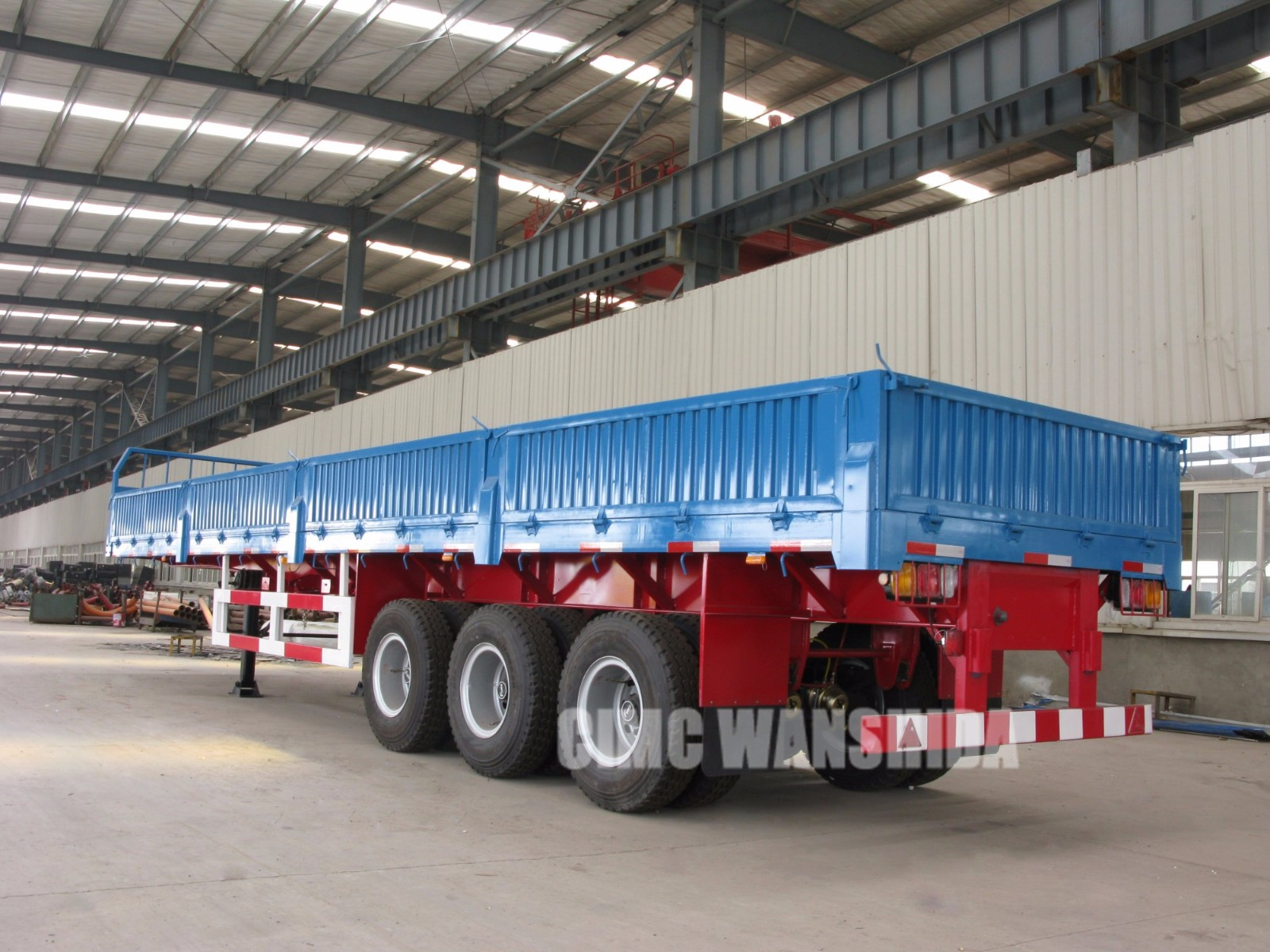 3 Axle semi trailer with Side wall