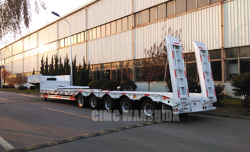 CIMC 100 tons low bed trailer.jpg